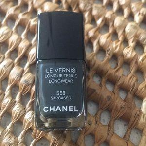 Chanel polish 558 Sargasso